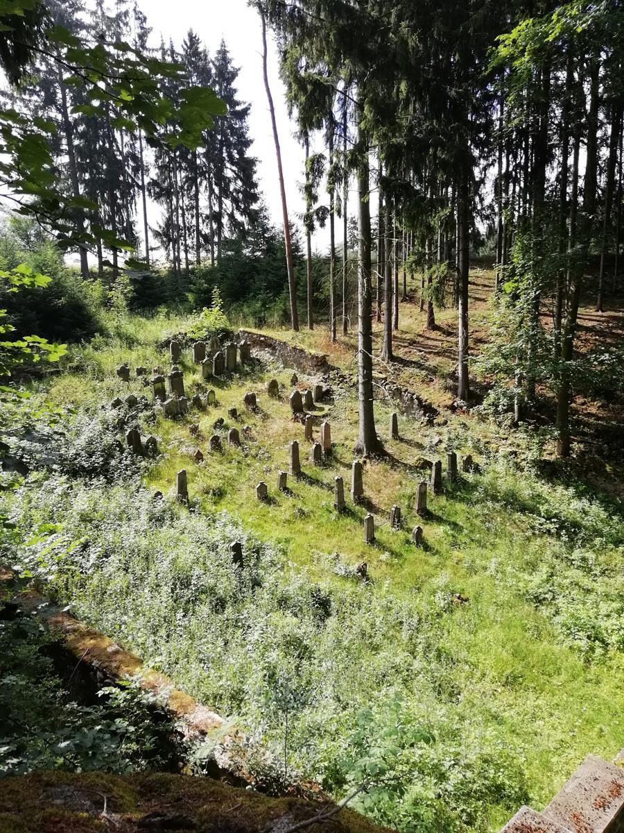 jewish forest cemetery